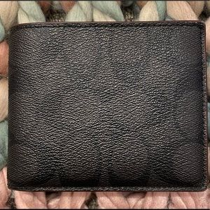 Coach Men's wallet with ID insert